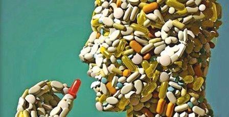medicamento formando una cara humana