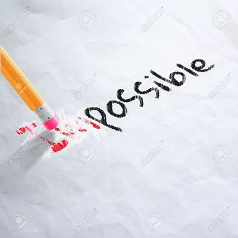 Lápiz borrando las letras im de imposible