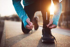 Mecanismos de defensa - Mujer preparandose para correr