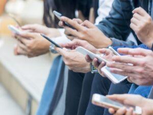 Nomofobia - Personas con celulares
