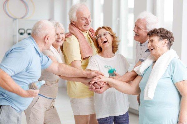 Talleres terapéuticos para adultos mayores