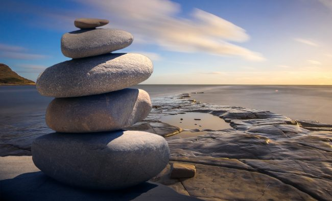 Mindfulness tercera generación - Balance piedras