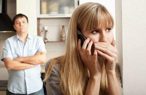 Infidelidad emocional y falta de comunicación en la pareja