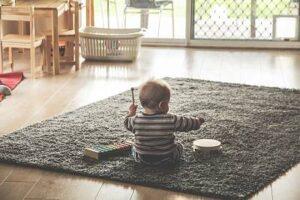 Música - Bebé con instrumentos