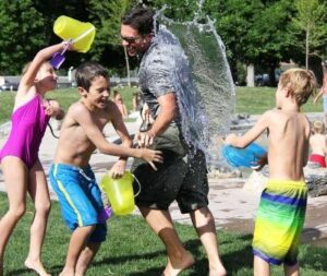 el rol de la familia en los niños